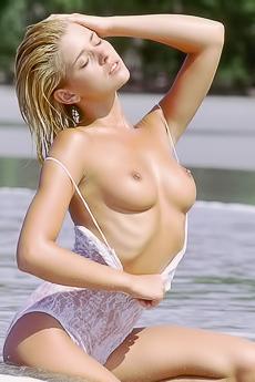 ilovebigtits9802 nude